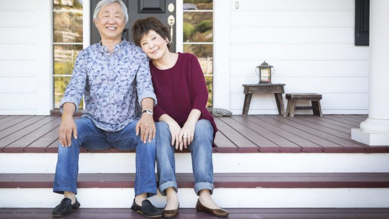 7 Reasons to Carry Mortgage Debt Into Retirement